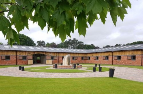TYRE HILL RACING STABLES, WORCESTERSHIRE